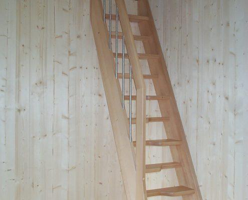 Raumspartreppe / Wechseltreppe aus Buche